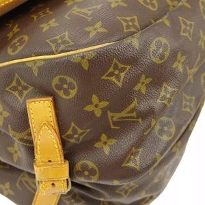 Louis Vuitton Bags - 🌺✨SAUMUR 35✨🌺 Crossbody Two Sides